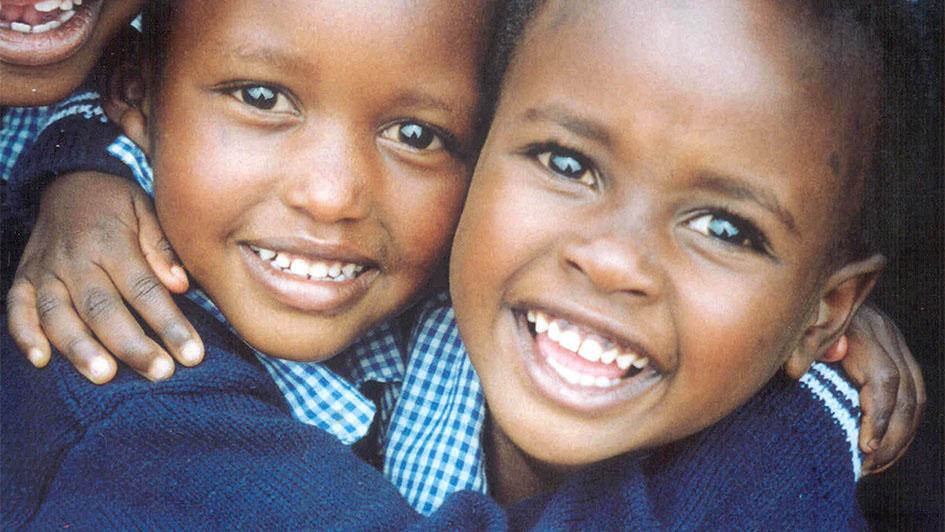 Afrika 10 anni-locandinaXP